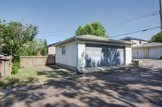 Photo 8: 2451 28 Avenue SW in Calgary: Richmond Detached for sale : MLS®# A1063137