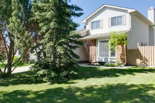 Main Photo: 348 Woodfield Road SW in Calgary: Woodbine Detached for sale : MLS®# A1120400
