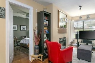 """Photo 4: 322 332 LONSDALE Avenue in North Vancouver: Lower Lonsdale Condo for sale in """"CALYPSO"""" : MLS®# R2275459"""
