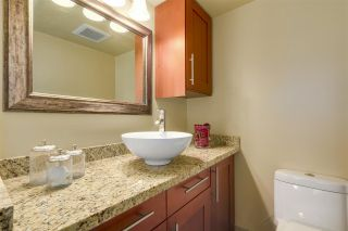 """Photo 11: 603 540 LONSDALE Avenue in North Vancouver: Lower Lonsdale Condo for sale in """"GROSVENOR PLACE"""" : MLS®# R2171024"""