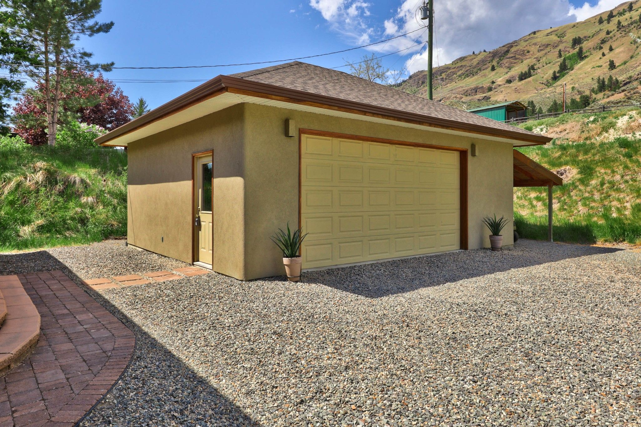 Photo 49: Photos: 3299 E Shuswap Road in Kamloops: South Thompson Valley House for sale : MLS®# 162162