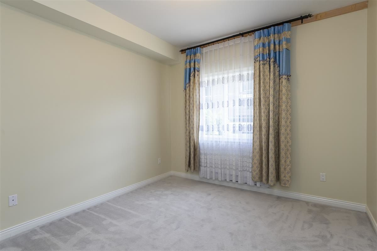 Photo 15: Photos: 3178 GILMORE Avenue in Burnaby: Central BN 1/2 Duplex for sale (Burnaby North)  : MLS®# R2474693