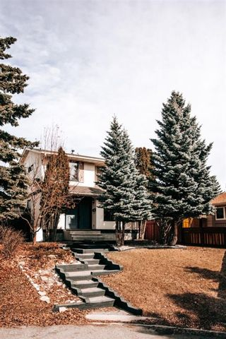 Main Photo: 52 Silverstone Place NW in Calgary: Silver Springs Detached for sale : MLS®# A1087726