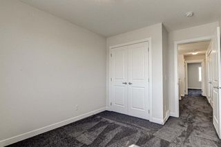 Photo 28: 136 Creekside Drive SW in Calgary: C-168 Semi Detached for sale : MLS®# A1108851