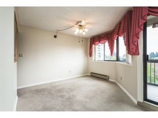 Photo 5: 517 31955 OLD YALE Road in Abbotsford: Central Abbotsford Condo for sale : MLS®# R2300517