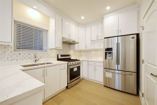 Photo 10: 2876 CLARKE Street in Vancouver: Renfrew Heights 1/2 Duplex for sale (Vancouver East)  : MLS®# R2377167