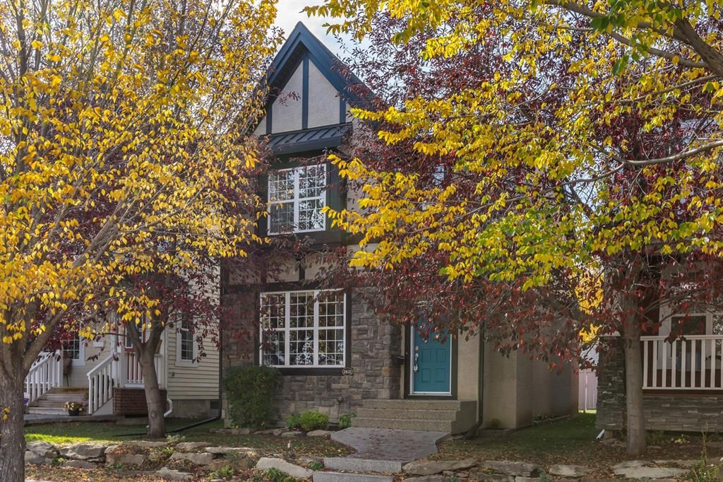 Main Photo: 3831 20 Street SW in Calgary: Garrison Woods Detached for sale : MLS®# A1145108
