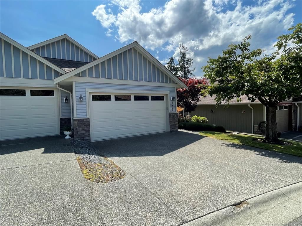 Photo 1: Photos: 2403 Parveen Pl in : Na Diver Lake Row/Townhouse for sale (Nanaimo)  : MLS®# 883084
