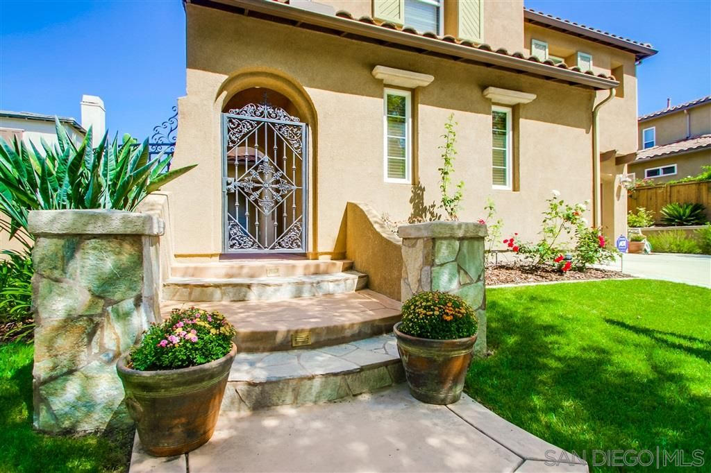 Main Photo: SCRIPPS RANCH House for sale : 5 bedrooms : 11495 Rose Garden Ct in San Diego