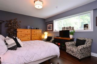 """Photo 16: 15701 GOGGS Avenue: White Rock House for sale in """"WHITE ROCK"""" (South Surrey White Rock)  : MLS®# R2178923"""