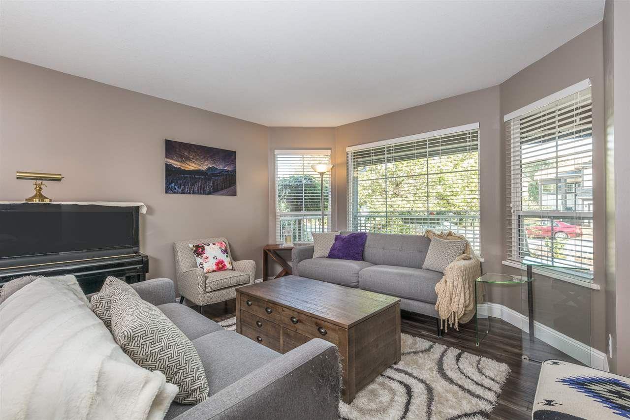 "Photo 2: Photos: 22231 CHALDECOTT Drive in Richmond: Hamilton RI House for sale in ""HMILTON"" : MLS®# R2217465"