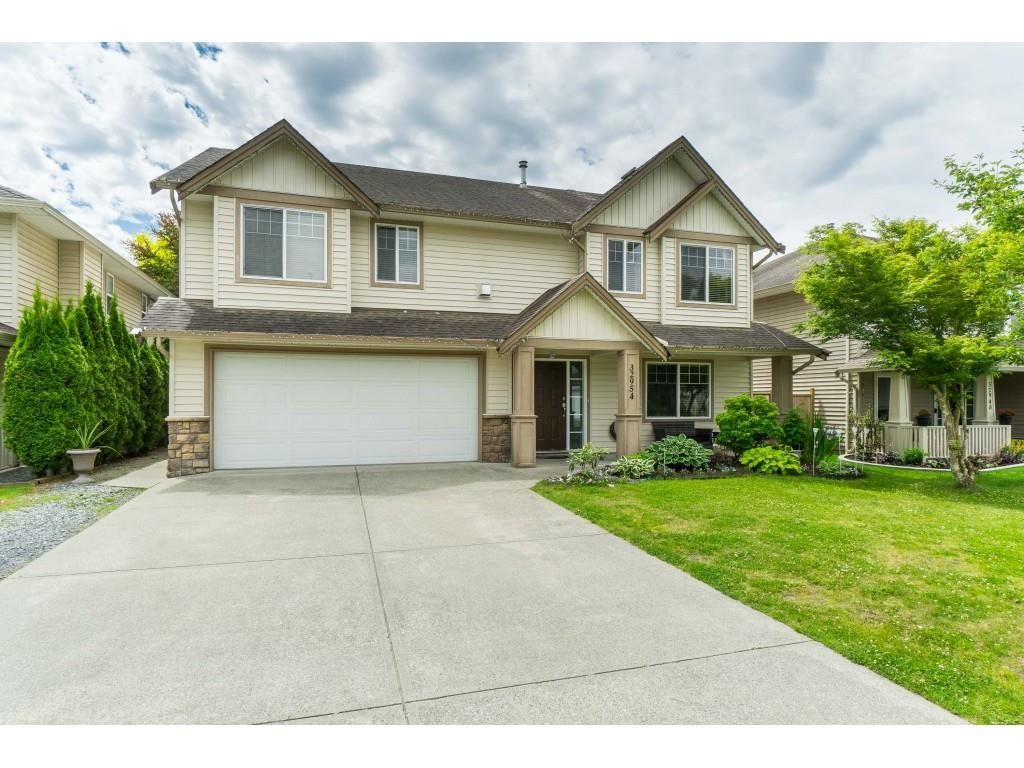 """Main Photo: 32954 PHELPS Avenue in Mission: Mission BC House for sale in """"Cedar Valley Estates"""" : MLS®# R2468941"""