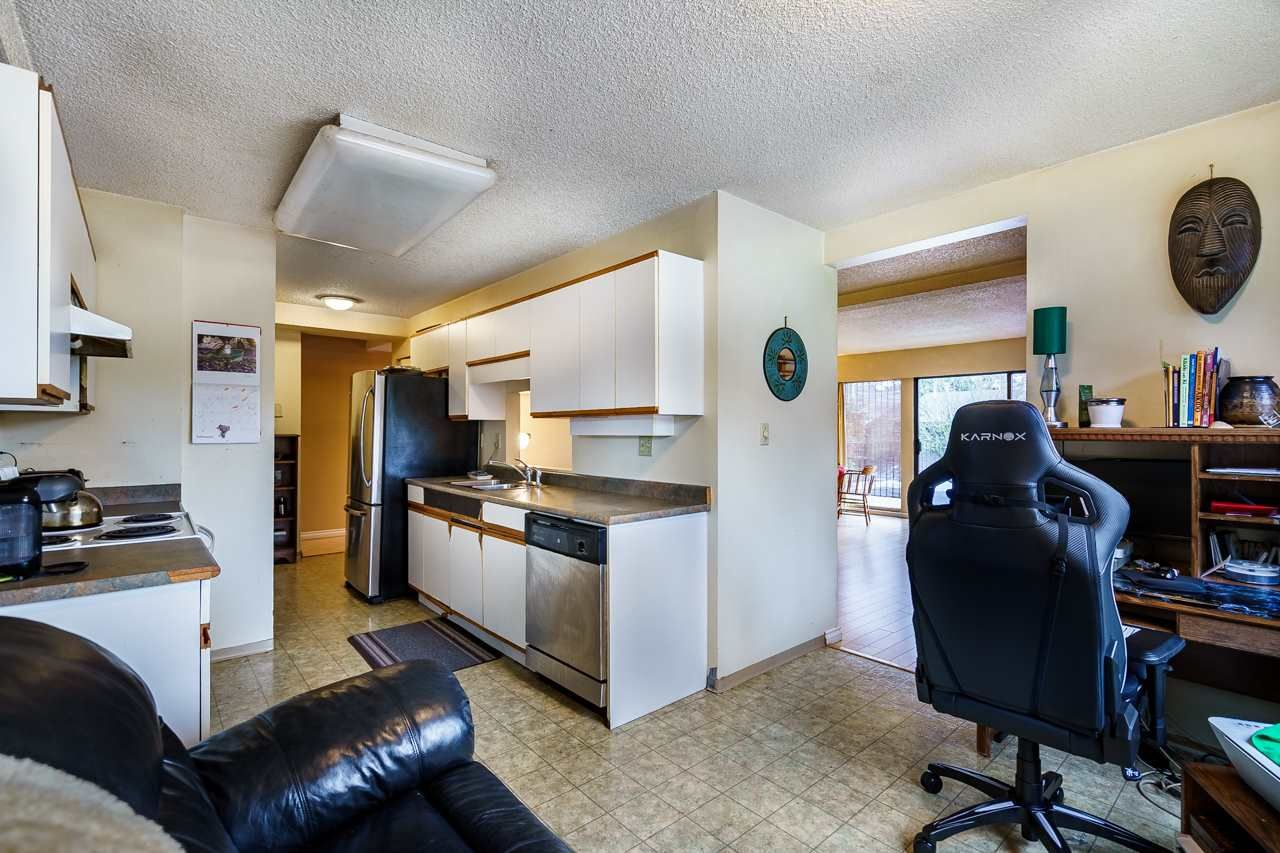 Photo 11: Photos: 3002 VEGA Court in Burnaby: Simon Fraser Hills Townhouse for sale (Burnaby North)  : MLS®# R2539257