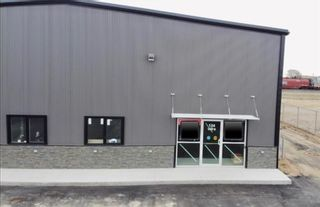 Photo 1: 124 Industrial Drive in Brandon: Industrial / Commercial / Investment for lease (C18)  : MLS®# 202118433