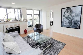 """Photo 1: 302 305 LONSDALE Avenue in North Vancouver: Lower Lonsdale Condo for sale in """"The Met"""" : MLS®# R2593347"""