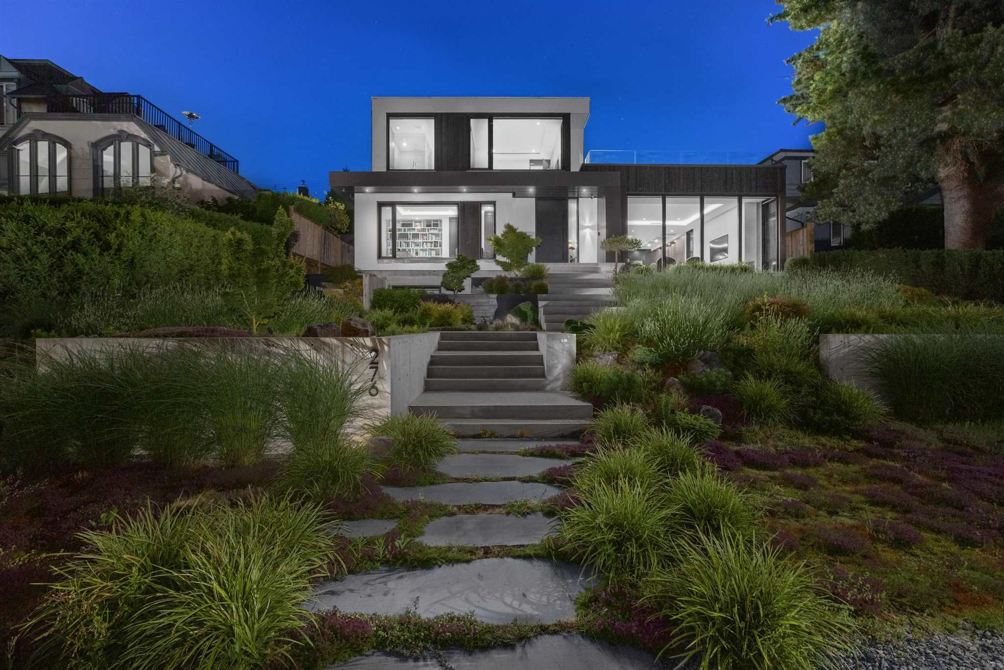 Main Photo: 276 SANDRINGHAM Crescent in North Vancouver: Upper Lonsdale House for sale : MLS®# R2617703