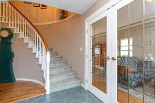 Photo 3: 6245 Tayler Crt in VICTORIA: CS Tanner House for sale (Central Saanich)  : MLS®# 831673