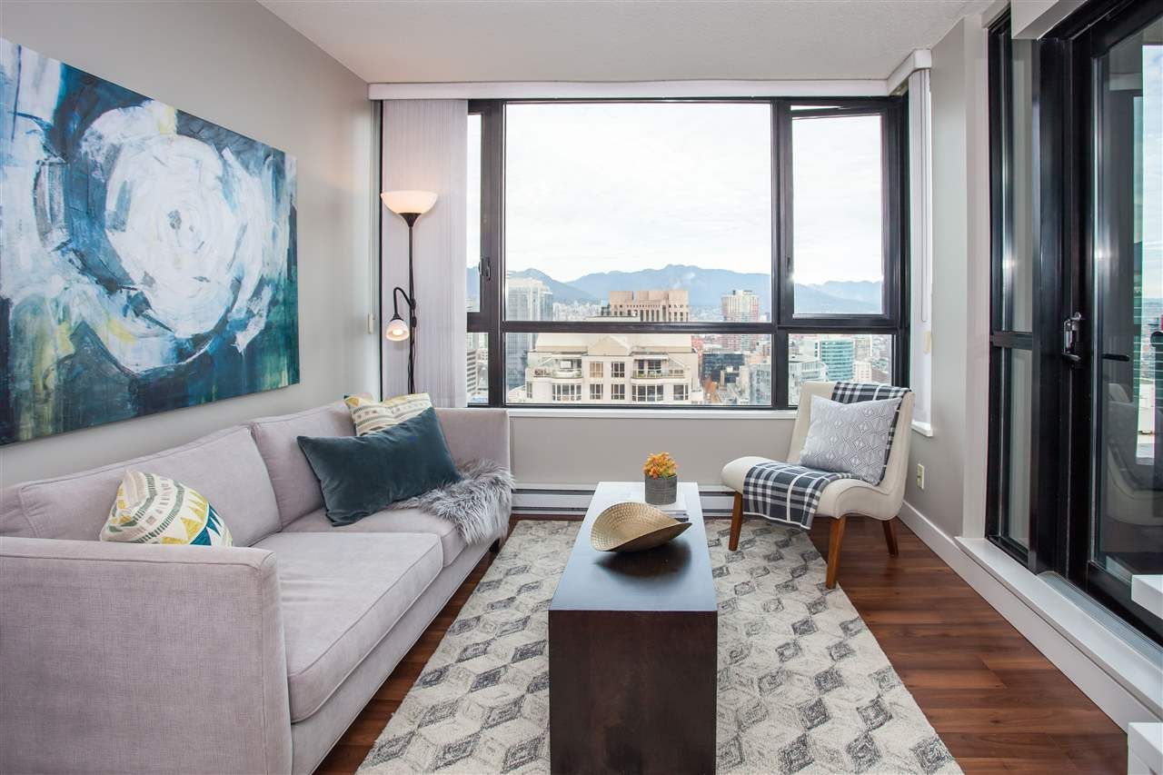 "Photo 2: Photos: 3401 909 MAINLAND Street in Vancouver: Yaletown Condo for sale in ""YALETOWN PARK"" (Vancouver West)  : MLS®# R2126957"