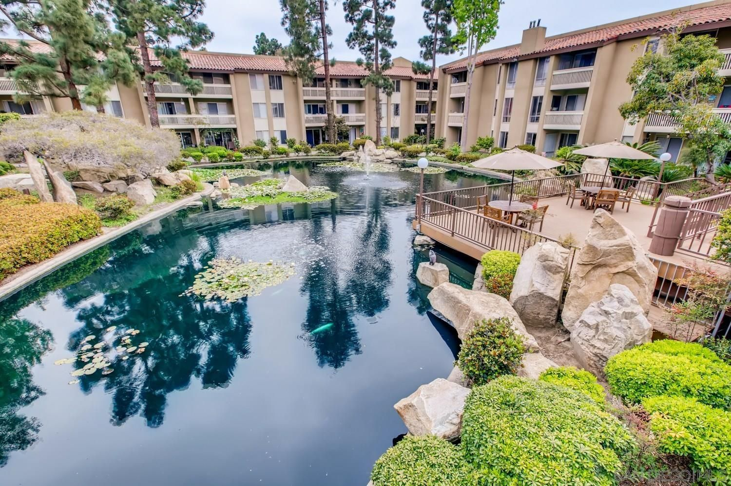 Main Photo: PACIFIC BEACH Condo for rent : 1 bedrooms : 1885 Diamond St. #116 in San Diego