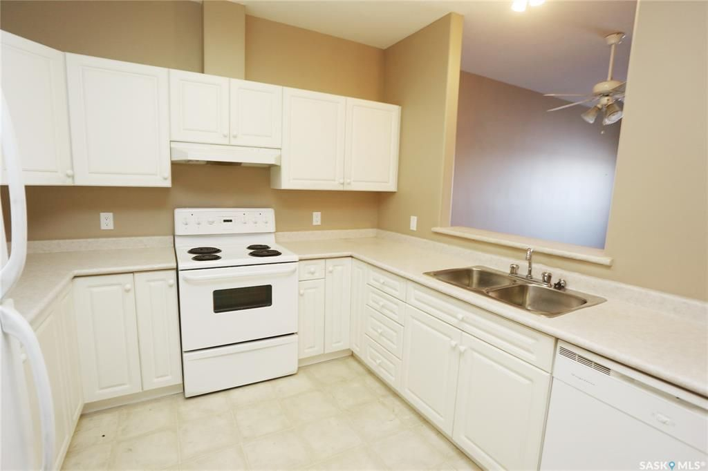 Photo 6: Photos: 204 302 Nelson Road in Saskatoon: University Heights Residential for sale : MLS®# SK800364