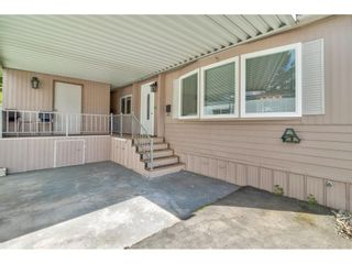 """Photo 6: 251 1840 160 Street in Surrey: King George Corridor Manufactured Home for sale in """"BREAKAWAY BAYS"""" (South Surrey White Rock)  : MLS®# R2574472"""