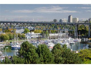 "Photo 3: 202 1490 PENNYFARTHING Drive in Vancouver: False Creek Condo for sale in ""HARBOUR COVE"" (Vancouver West)  : MLS®# V977927"