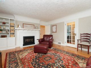 Photo 3: 1571 Monterey Ave in VICTORIA: OB North Oak Bay House for sale (Oak Bay)  : MLS®# 798152