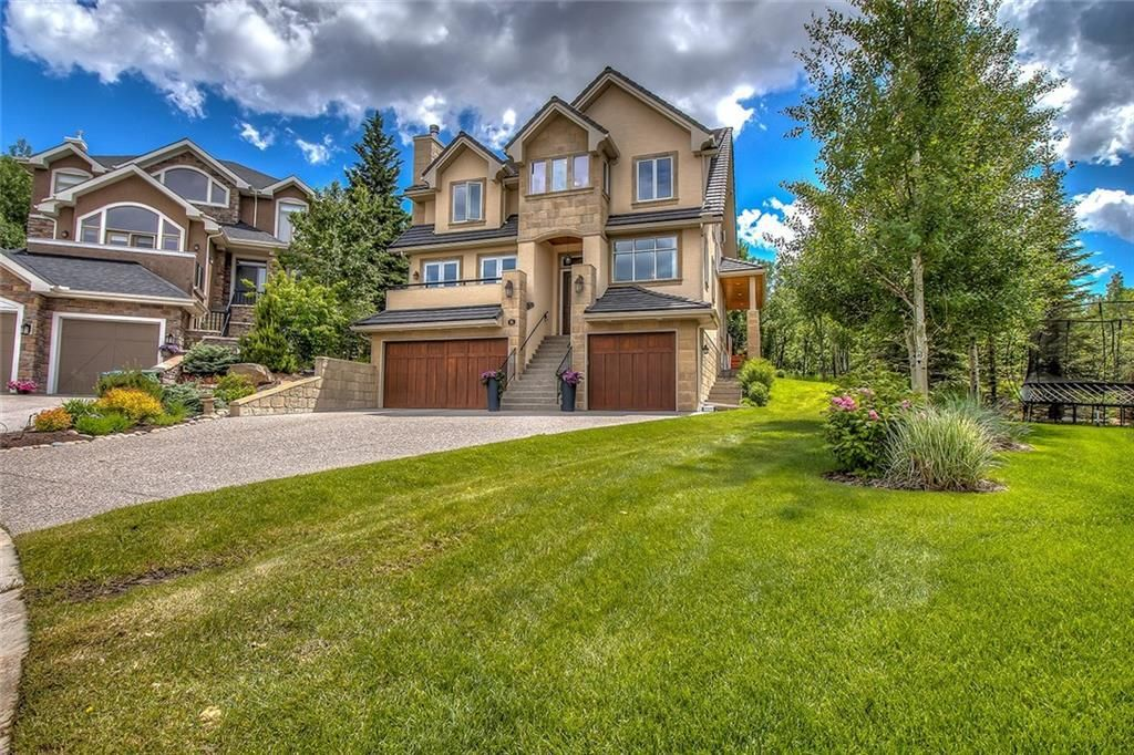 Main Photo:  in Calgary: Springbank Hill Detached for sale : MLS®# A1112713