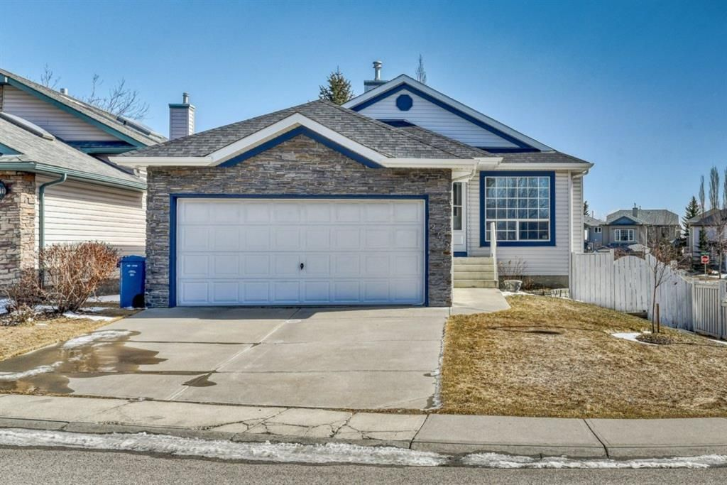 Photo 3: Photos: 245 Citadel Crest Park NW in Calgary: Citadel Detached for sale : MLS®# A1088595