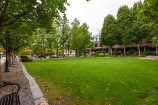"Photo 16: 401 1575 W 10TH Avenue in Vancouver: Fairview VW Condo for sale in ""The Triton"" (Vancouver West)  : MLS®# R2404375"