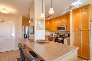 Photo 2: 1201 902 Spadina Crescent East in Saskatoon: Central Business District Residential for sale : MLS®# SK870034