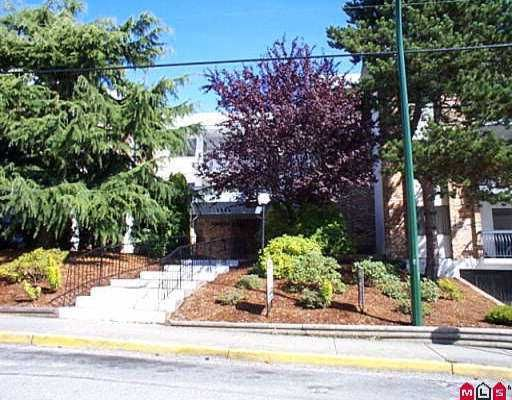 "Main Photo: 102 1544 FIR ST: White Rock Condo for sale in ""JUNIPER ARMS"" (South Surrey White Rock)  : MLS®# F2608719"