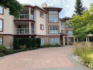 """Photo 2: 110 15342 20 Avenue in Surrey: King George Corridor Condo for sale in """"Sterling Place"""" (South Surrey White Rock)  : MLS®# R2617836"""