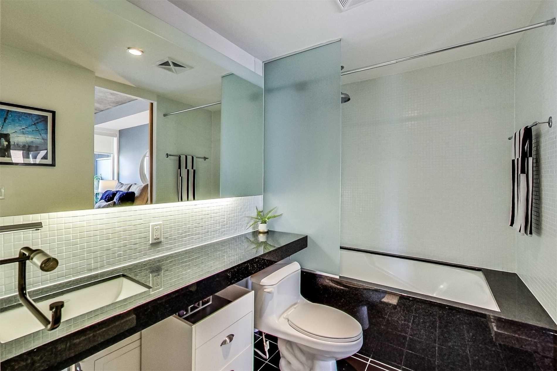 Photo 11: Photos: 307 1 Shaw Street in Toronto: Niagara Condo for sale (Toronto C01)  : MLS®# C4525736