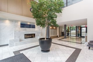 """Photo 31: 415 14855 THRIFT Avenue: White Rock Condo for sale in """"The Royce"""" (South Surrey White Rock)  : MLS®# R2538329"""