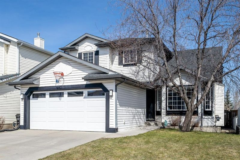 FEATURED LISTING: 311 Hidden Ranch Place Northwest Calgary