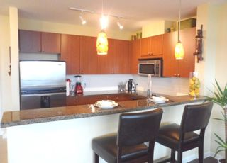 """Photo 6: 604 11 E ROYAL Avenue in New Westminster: Fraserview NW Condo for sale in """"VICTORIA HILL HIGHRISE RESIDENCES"""" : MLS®# R2043828"""