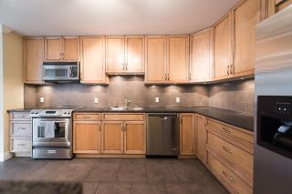 """Photo 8: 204 522 MOBERLY Road in Vancouver: False Creek Condo for sale in """"DISCOVERY QUAY"""" (Vancouver West)  : MLS®# R2126616"""