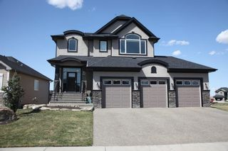 Photo 2: 661 Muirfield Crescent: Lyalta Detached for sale : MLS®# A1061463