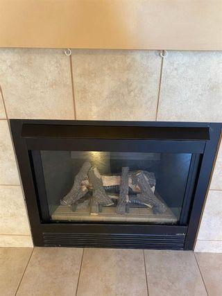 Photo 10: 139 Douglas Glen Manor SE in Calgary: Douglasdale/Glen Detached for sale : MLS®# A1148213