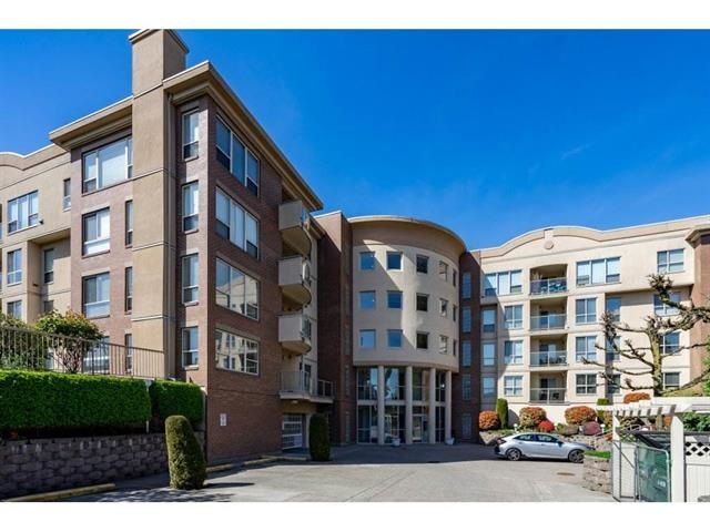"""Main Photo: 101 33731 MARSHALL Road in Abbotsford: Central Abbotsford Condo for sale in """"Stephanie Place"""" : MLS®# R2318519"""