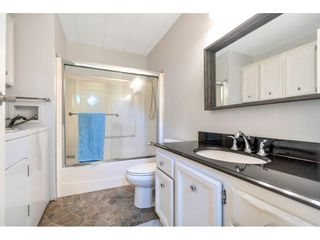 """Photo 11: 328 1840 160 Street in Surrey: King George Corridor Manufactured Home for sale in """"BREAKAWAY BAYS"""" (South Surrey White Rock)  : MLS®# R2593768"""