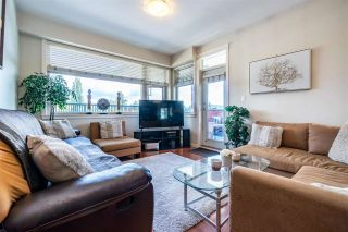 Photo 10: 401 22858 LOUGHEED HIGHWAY in Maple Ridge: East Central Condo for sale : MLS®# R2578938