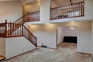 Photo 6: 543 WOODPARK Crescent SW in Calgary: Woodlands House for sale : MLS®# C4136852