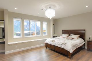 """Photo 5: 38544 SKY PILOT Drive in Squamish: Plateau House for sale in """"CRUMPIT WOODS"""" : MLS®# R2576795"""
