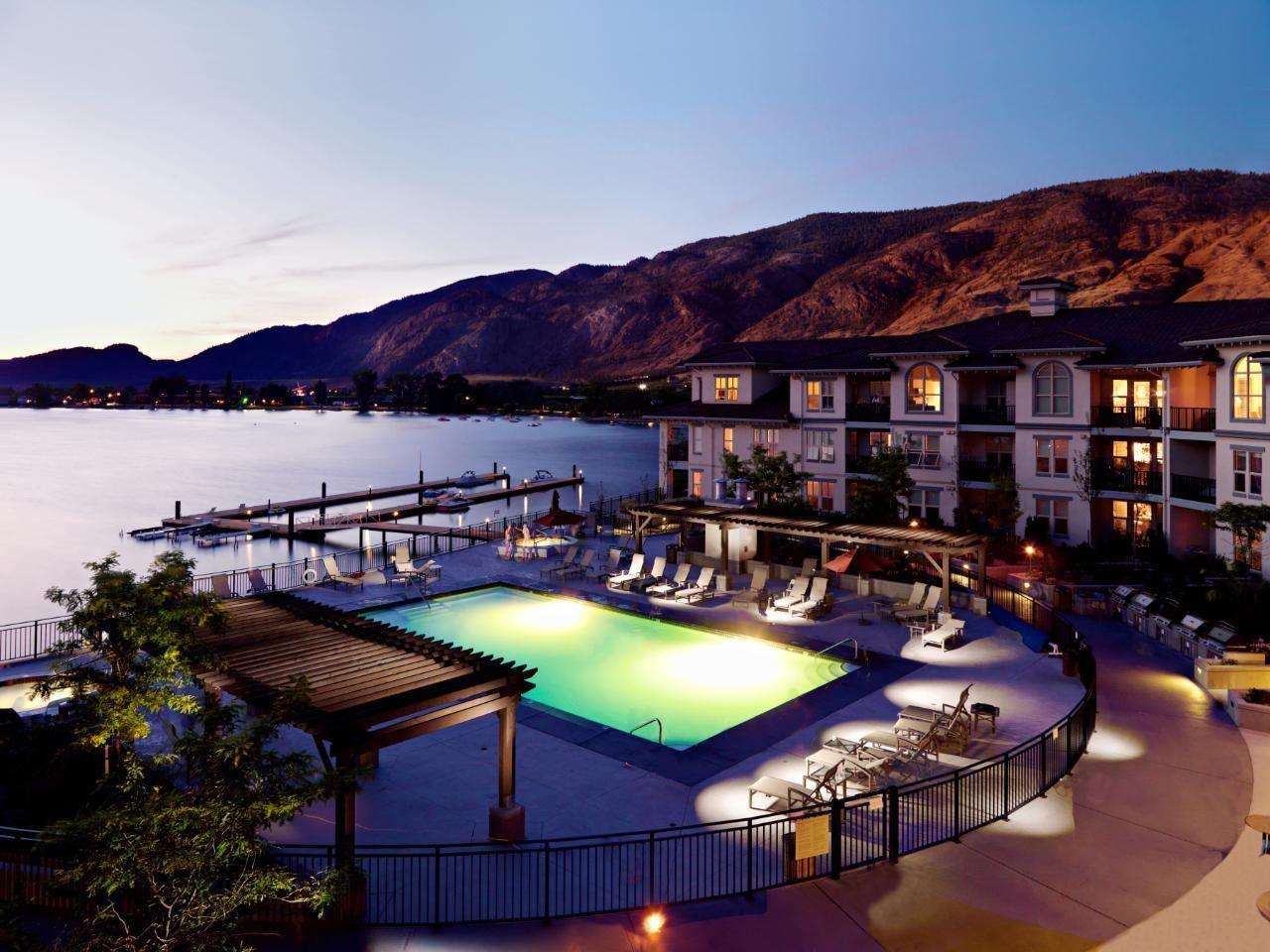 Main Photo: #205 4200 LAKESHORE Drive, in Osoyoos: House for sale : MLS®# 187755