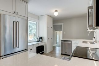 Photo 12: 64 Rosevale Drive NW in Calgary: Rosemont Detached for sale : MLS®# A1141309