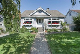 Main Photo: 805 FOURTH Street in New Westminster: GlenBrooke North House for sale : MLS®# R2402081