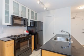 """Photo 5: 1007 1225 RICHARDS Street in Vancouver: Downtown VW Condo for sale in """"THE EDEN"""" (Vancouver West)  : MLS®# R2107560"""