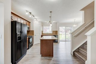 Photo 6: 216 Cranberry Park SE in Calgary: Cranston Row/Townhouse for sale : MLS®# A1141876